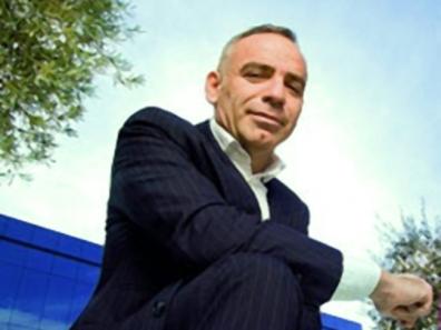 El arquitecto Joaquín Torres en los Talleres Técnicos de Dismonte